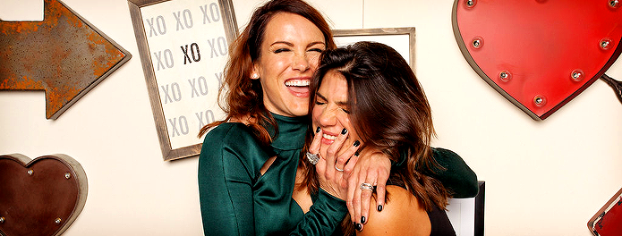 [Images] HQ Photobooth Images of Danneel and Genevieve